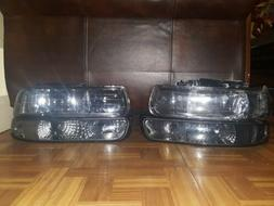 For the Chevy Silverado Tahoe 4Pcs headlights from 1999 to 2
